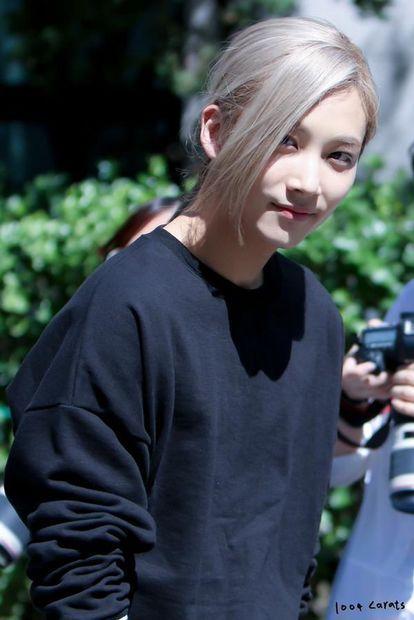 画像 : 【姫か王子か?】SEVENTEENジョンハンの美しい画像【…