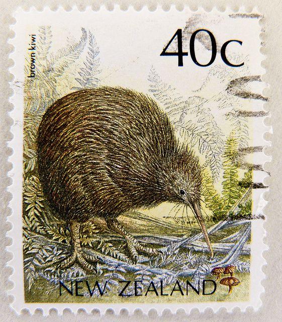 stamp timbre Nouvelle-Zélande Kiwi bird stamp New Zealand 40c postage 40c  Commonwealth Briefmarke Neuseeland 40c bollo francobollo Nueva Zelanda selo  by ... cbc334221fe6