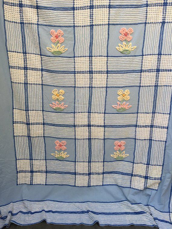 50's Queen Chenille Bedspread Blue and White with Center