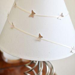Cheap Quick Way To Dress Up A Boring Lamp Pantallas De