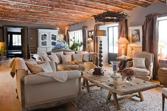 Impressionnante Renaissance Dune Ancienne Ferme Living Rooms - Decoration interieur campagne chic