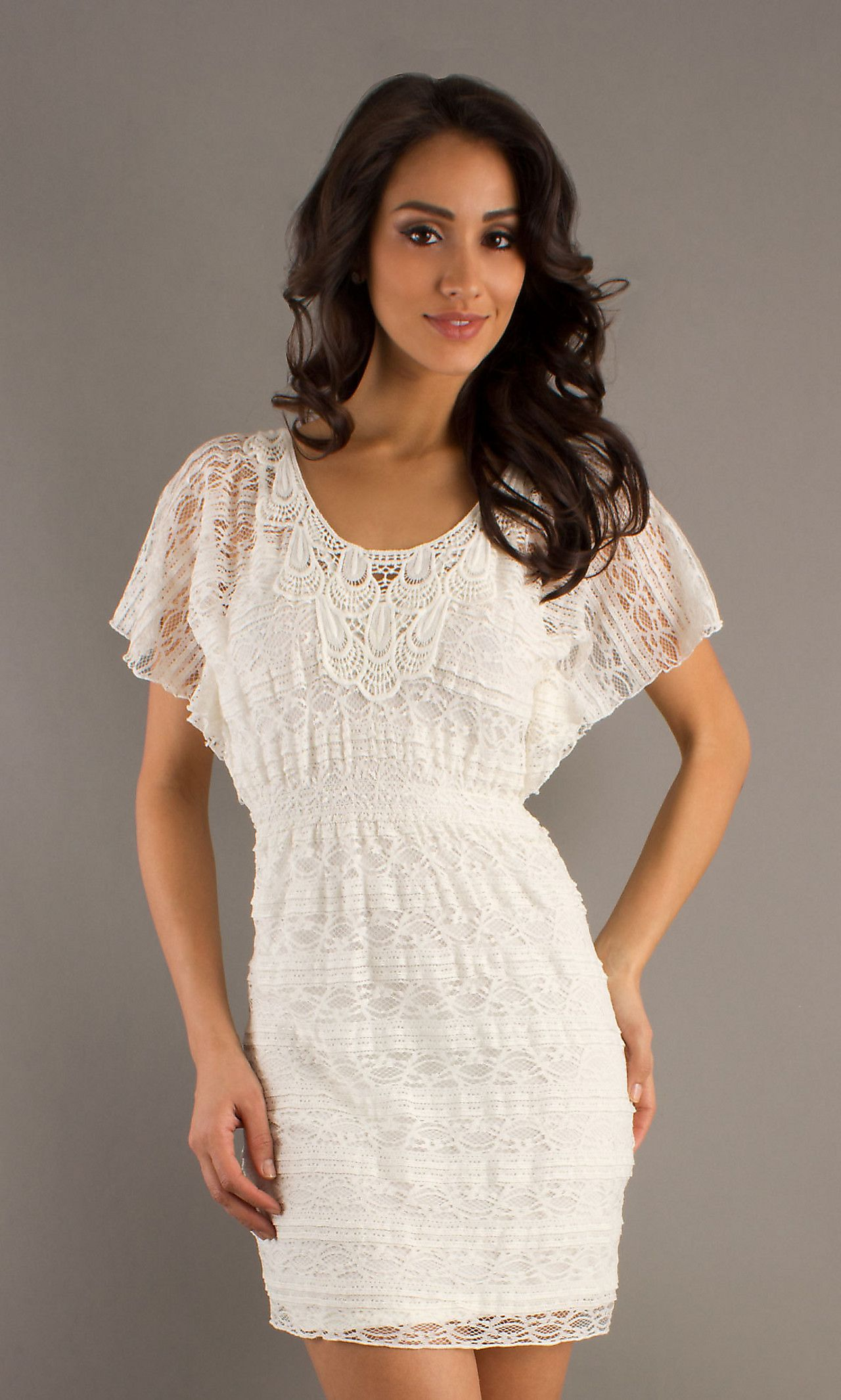 Short dress with lace detail mylan get in my closet