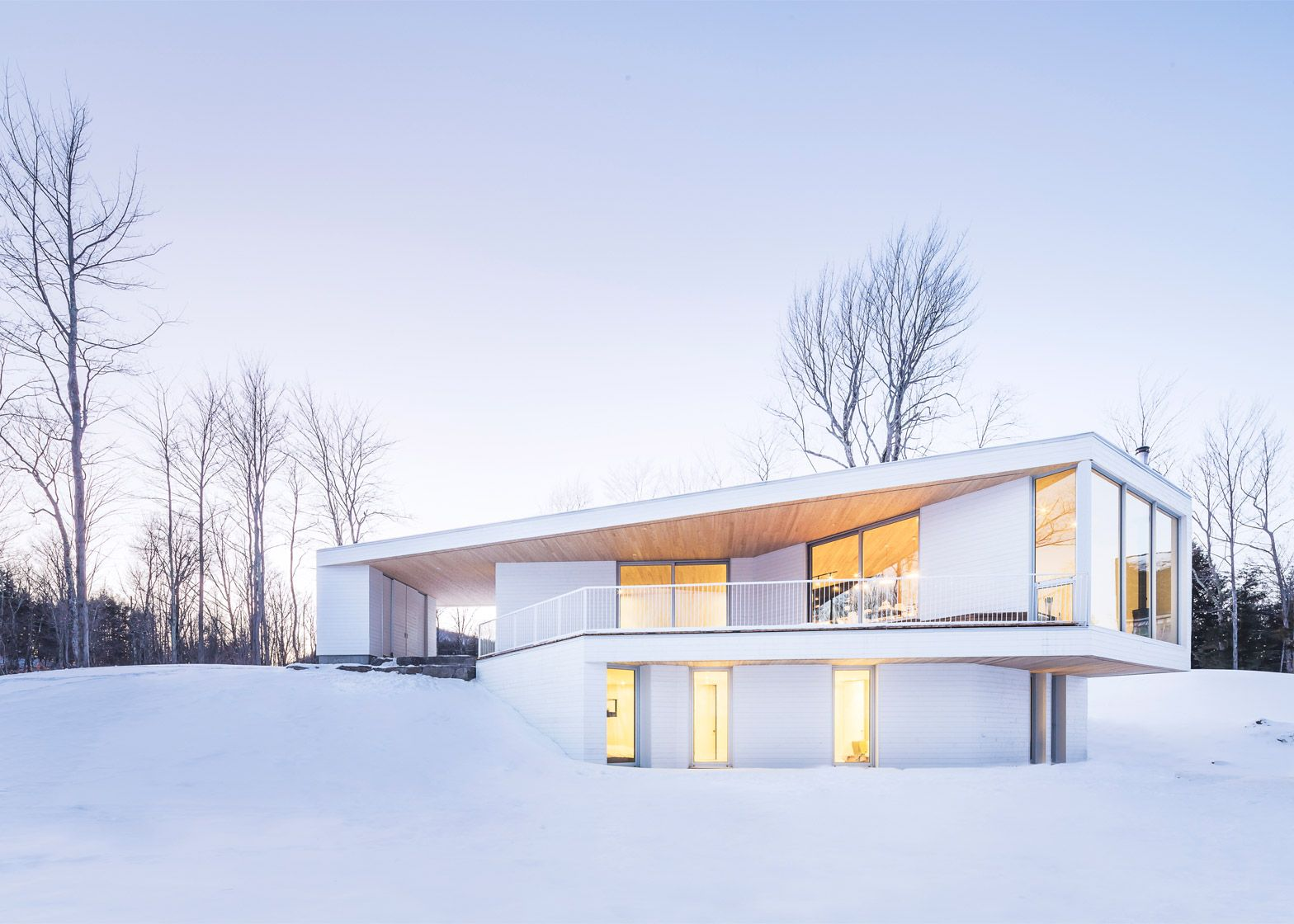 Delightful Nook Residence By MU Architecture, A White House In Quebec, Canada
