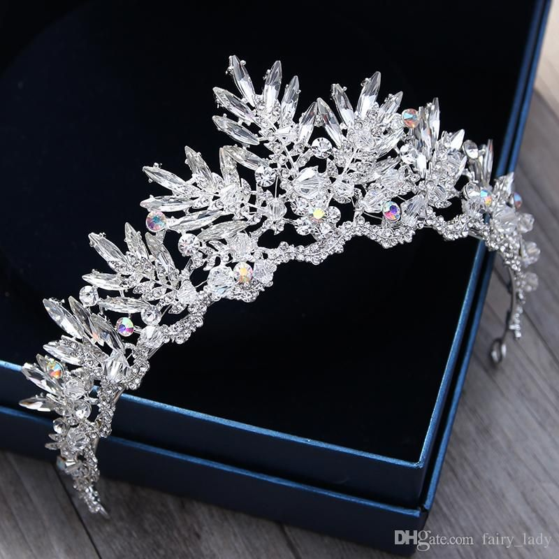 In stock 2018 chic princess wedding crowns and tiaras hair jewelry in stock 2018 chic princess wedding crowns and tiaras hair jewelry with crystal rhinestone gorgeous women bridal jewelry headpieces headband claw hair clips junglespirit Images