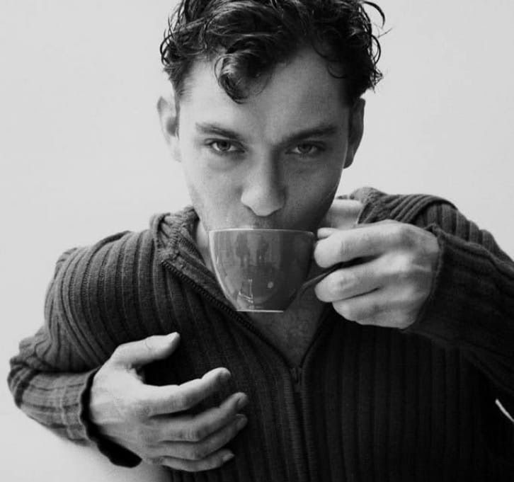 актеры пьют кофе картинки направили