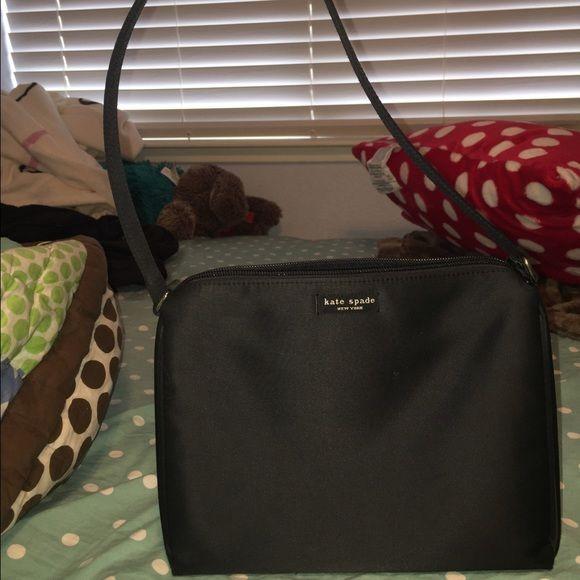 ❤️ACCEPTING OFFERS❤️Vintage Black Kate Spade Black Kate Spade bag, super cute! kate spade Bags Shoulder Bags