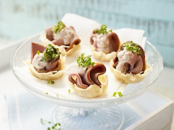 Vitello-Häppchen als Fingerfood ist ein Rezept mit frischen Zutaten aus der Kategorie Kalb. Probieren Sie dieses und weitere Rezepte von EAT SMARTER!