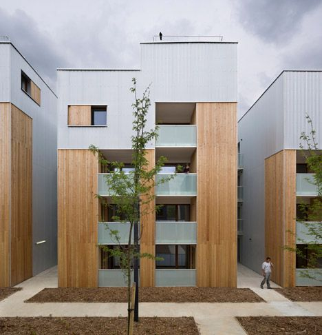 Parisian social housing designed to match the proportions of its 1930s neighbours.