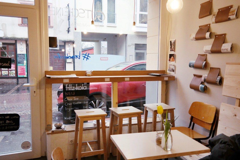 Brews Lee Endenich Café Coffeeshop Mittagessen Kuchen Selbstgemacht