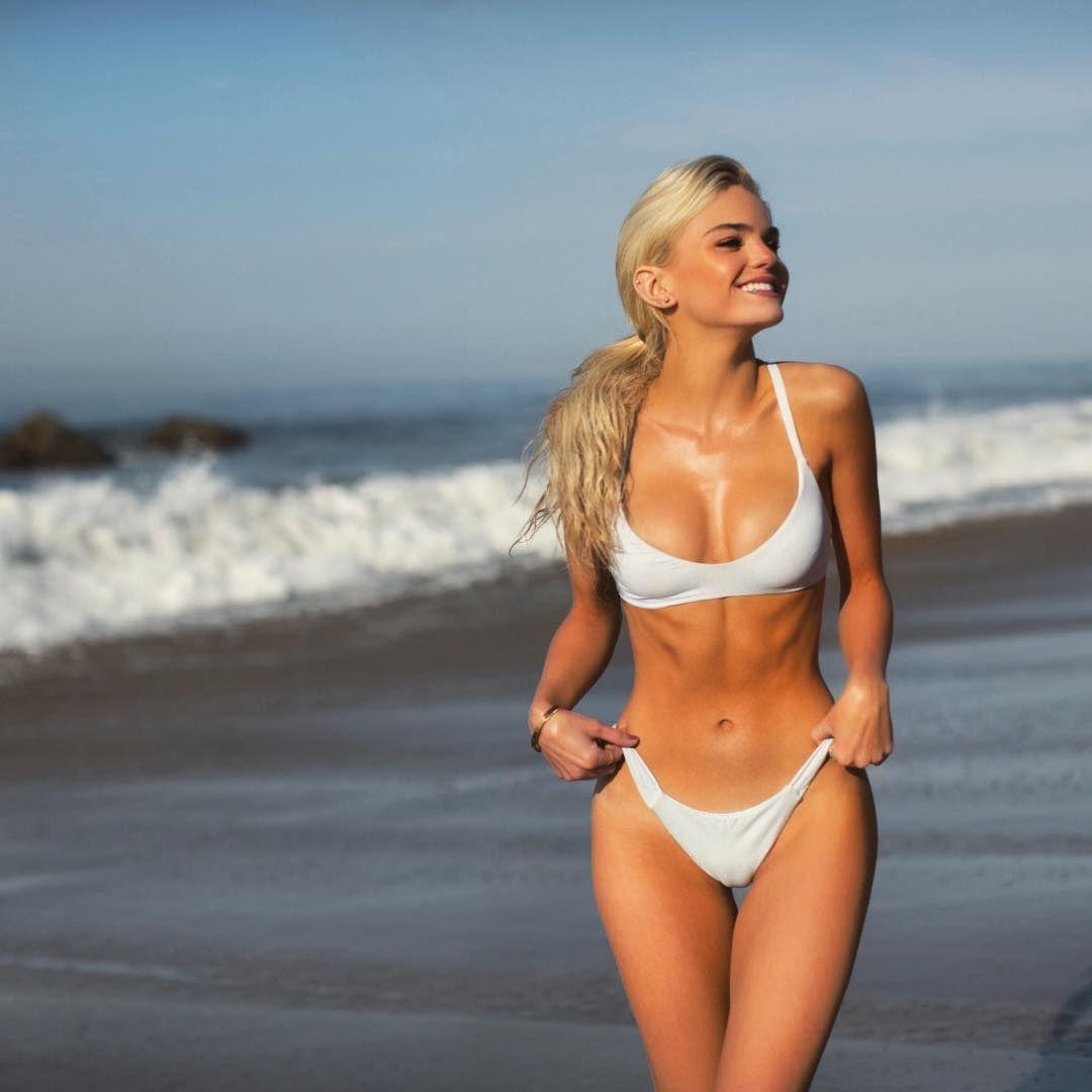 Sknny with nice boobs
