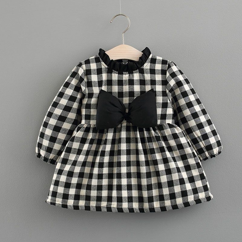 Victory! Check out my new Classic Plaid Bow Decor Zip-up Long-sleeve Dress for Baby Girl, snagged at a crazy discounted price with the PatPat app.