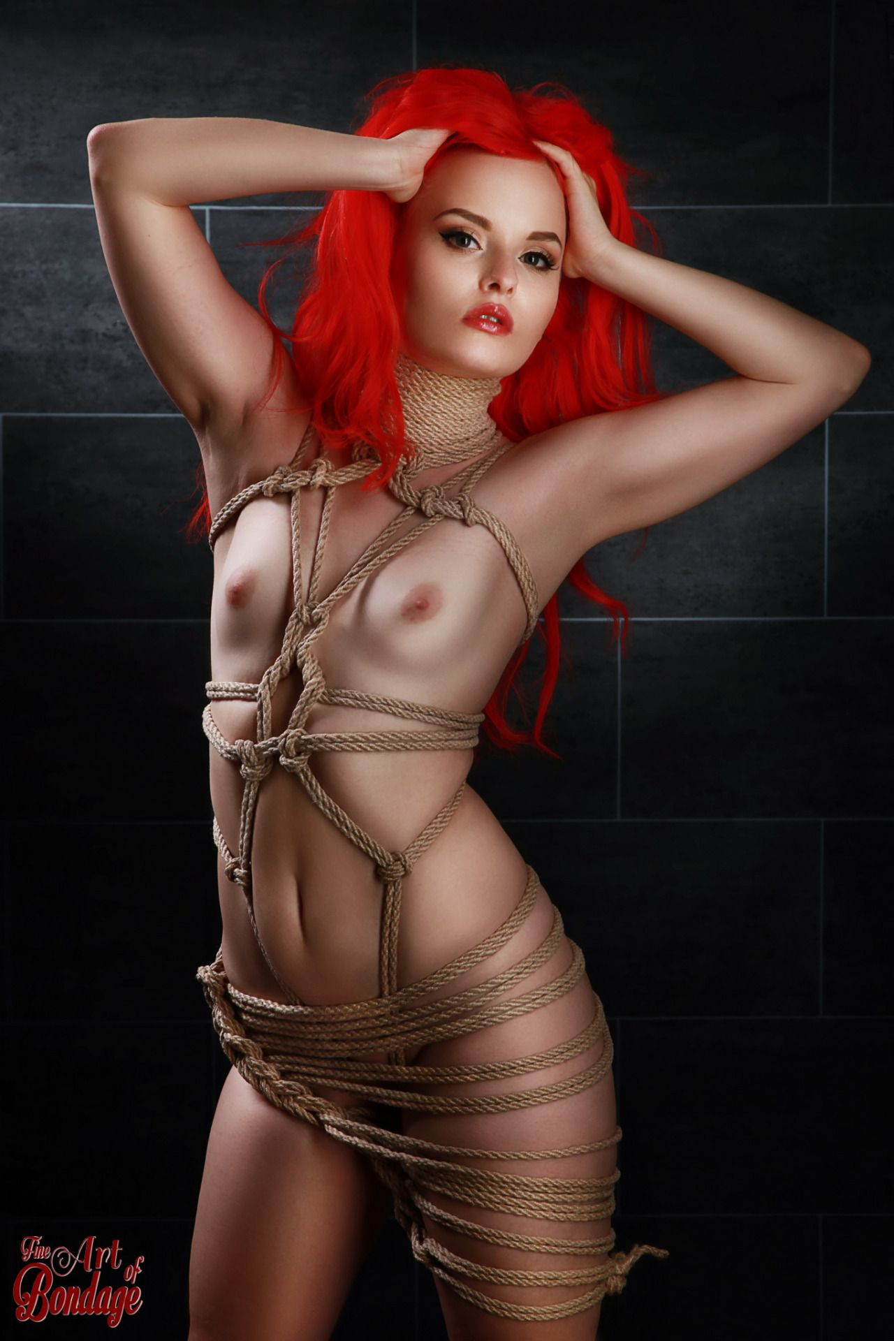 girls tied in scissor bondage pictures
