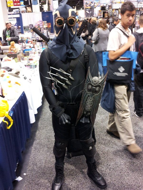 Talon Court Of Owls Cosplay Court Of Owls Cosplay Dc Cosplay