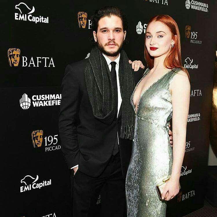 Game of Thrones Kit Harrington and Sophie Turner