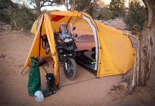 Bmw tent