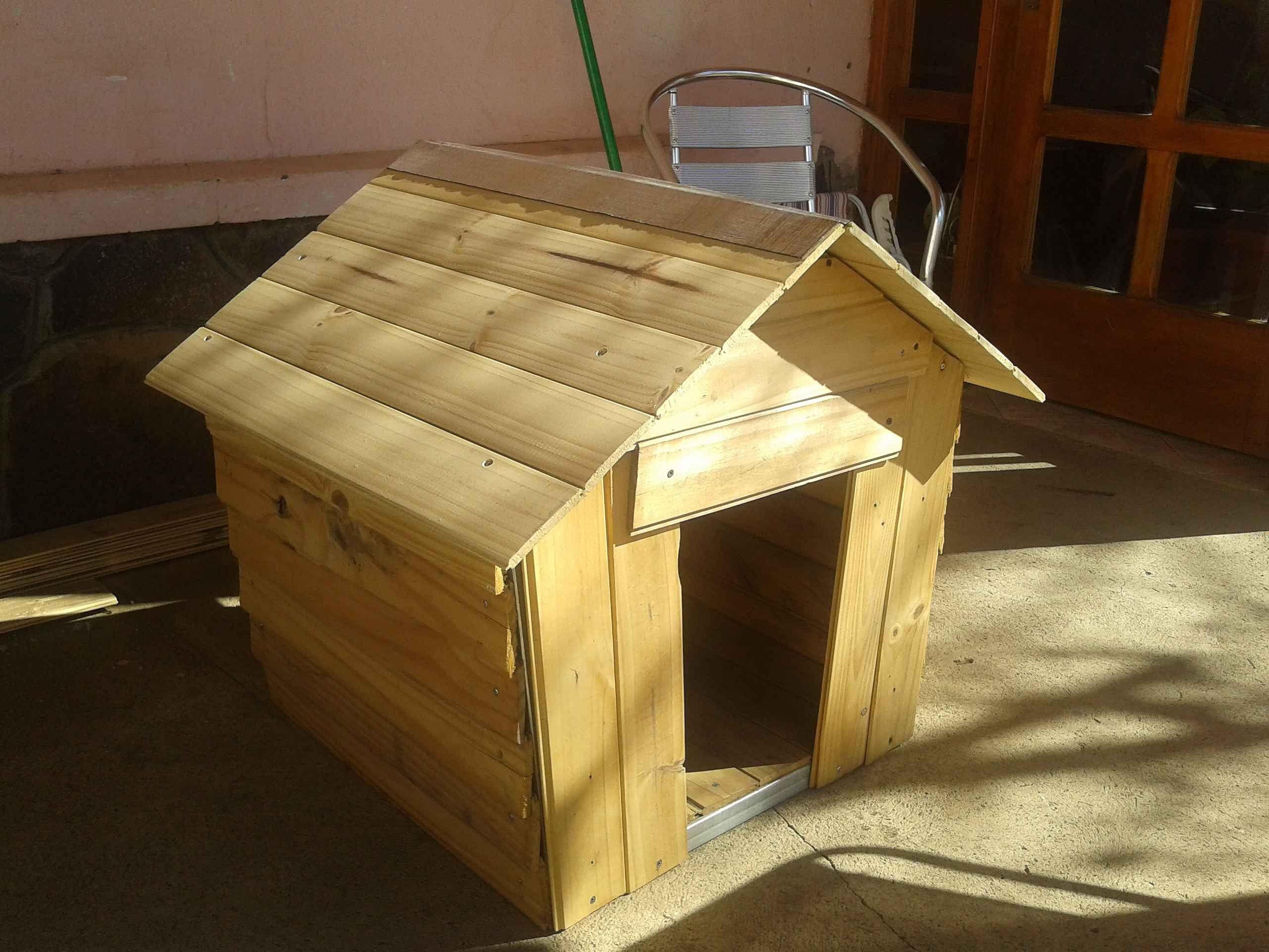 Como hacer una cucha de perro facil y rapido casas for Construir casa de perro