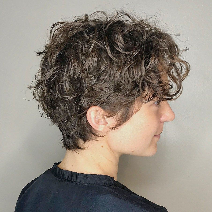 12 Most Delightful Short Wavy Hairstyles  Short wavy hair, Curly