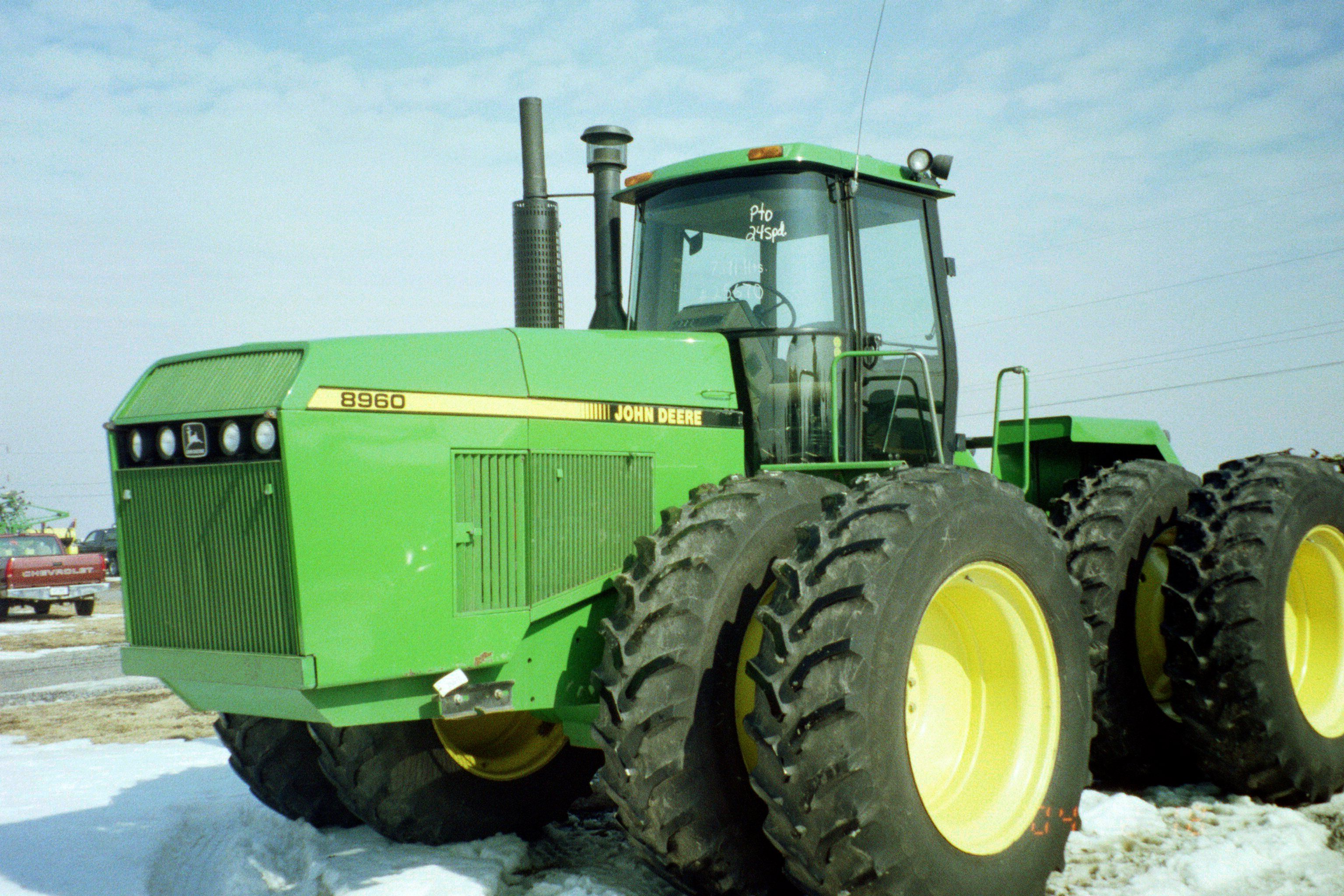 John Deere 8960 4 wheel drive tractor.Tested 333 PTO hp,308 dbr hp from a  Cummins 855 cid diesel,35,570 lbs