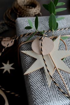 IMG_9973 BYTHERESEKNUTSEN.NO Gift wrapping christmas   Design ...
