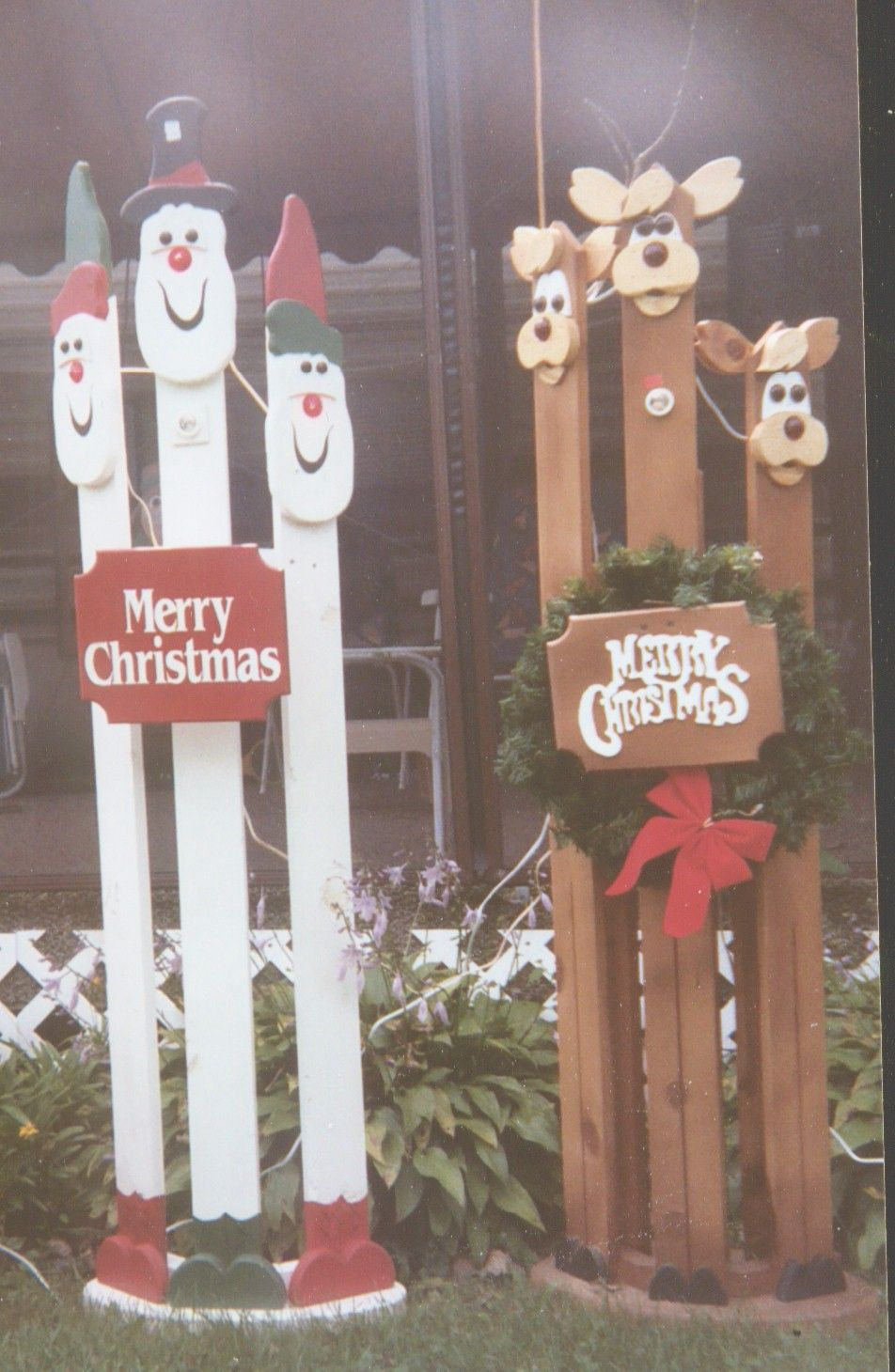 Pictures of crafted wooden painted christmas decorations for Wooden garden decorations