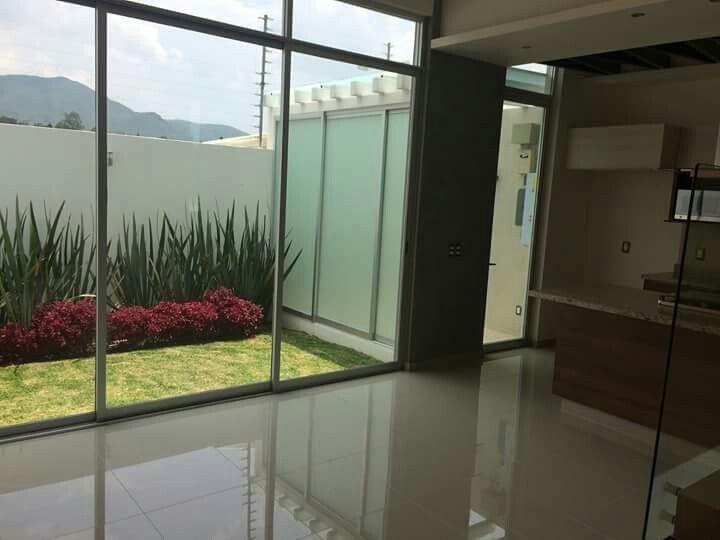 Separar rea de lavado y patio trasero proyecto casa for Lavadero para patio