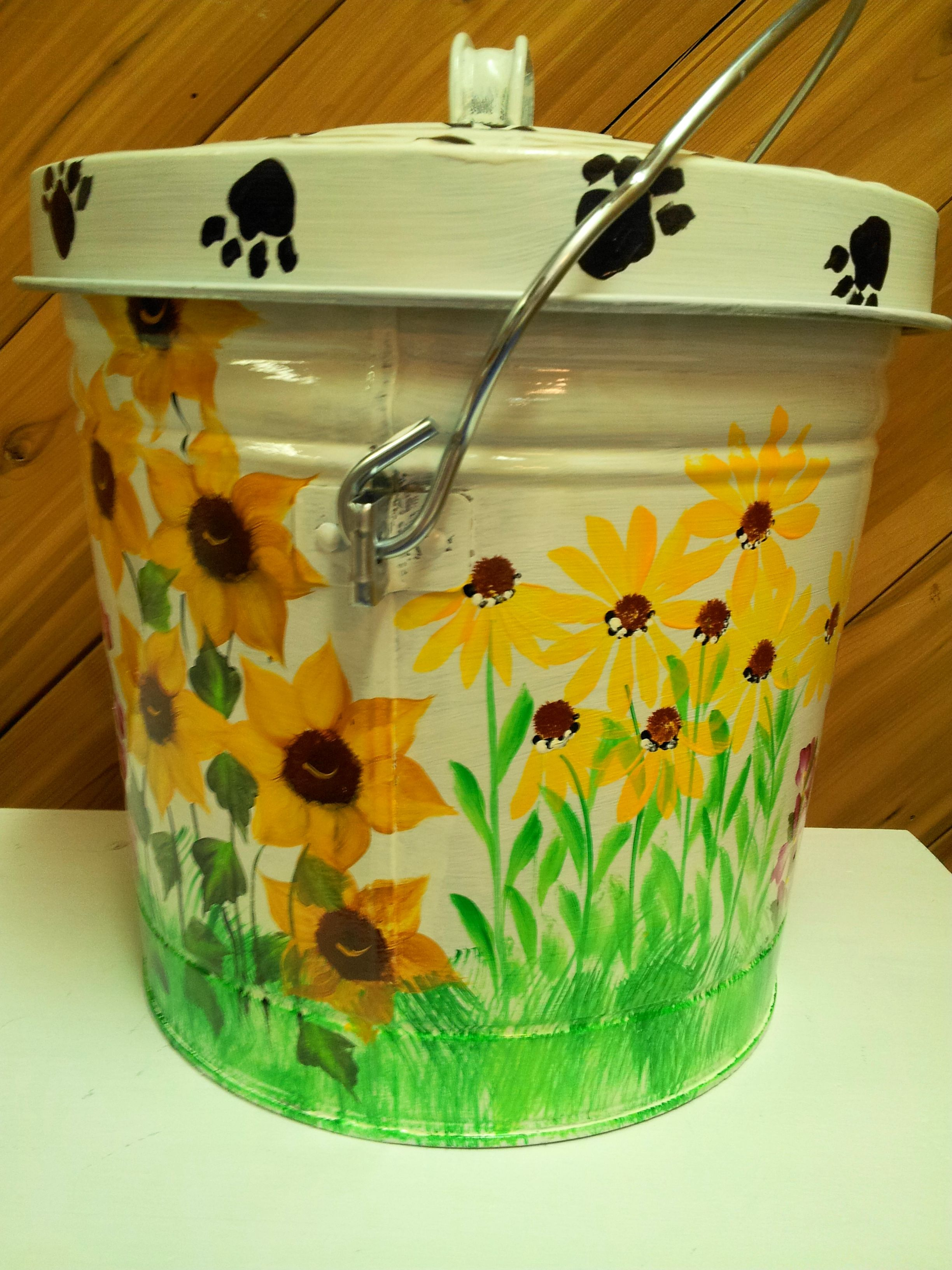Hand Painted 6 gallon can  krystasinthepointe - ETSY