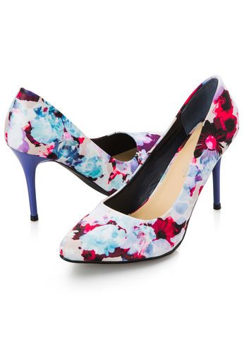 91537a3c7d9 Natasha Pointy Toe Floral Pump - Wide Width in 2018