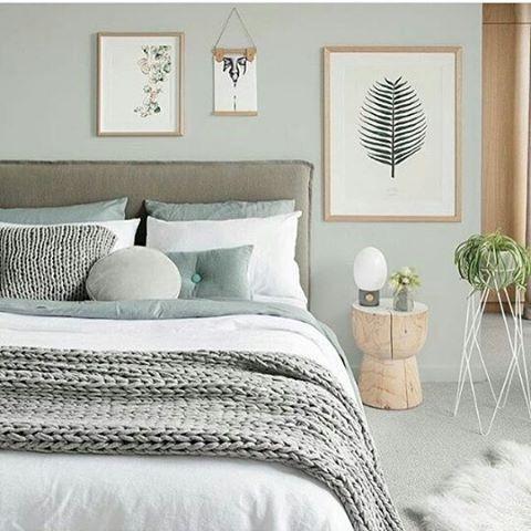 Schlafzimmer Salbeigrün Grau Beige natürliches Schema