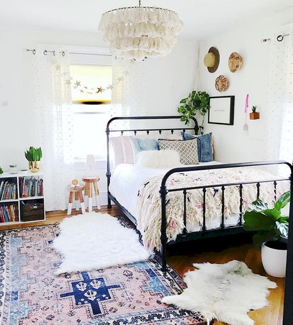 75 Modern Bohemian Bedroom Decor Ideas #modernbohemianbedrooms