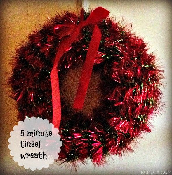 Christmas Craft 2 Tinsel Garland Wreath Christmas Crafts Kindergarten Christmas Party