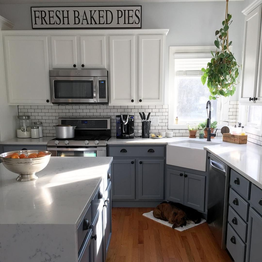 Create A Kitchen That S Cool Calm And Functional: This Kitchen Design Utilizes The Counter's Corner Space To