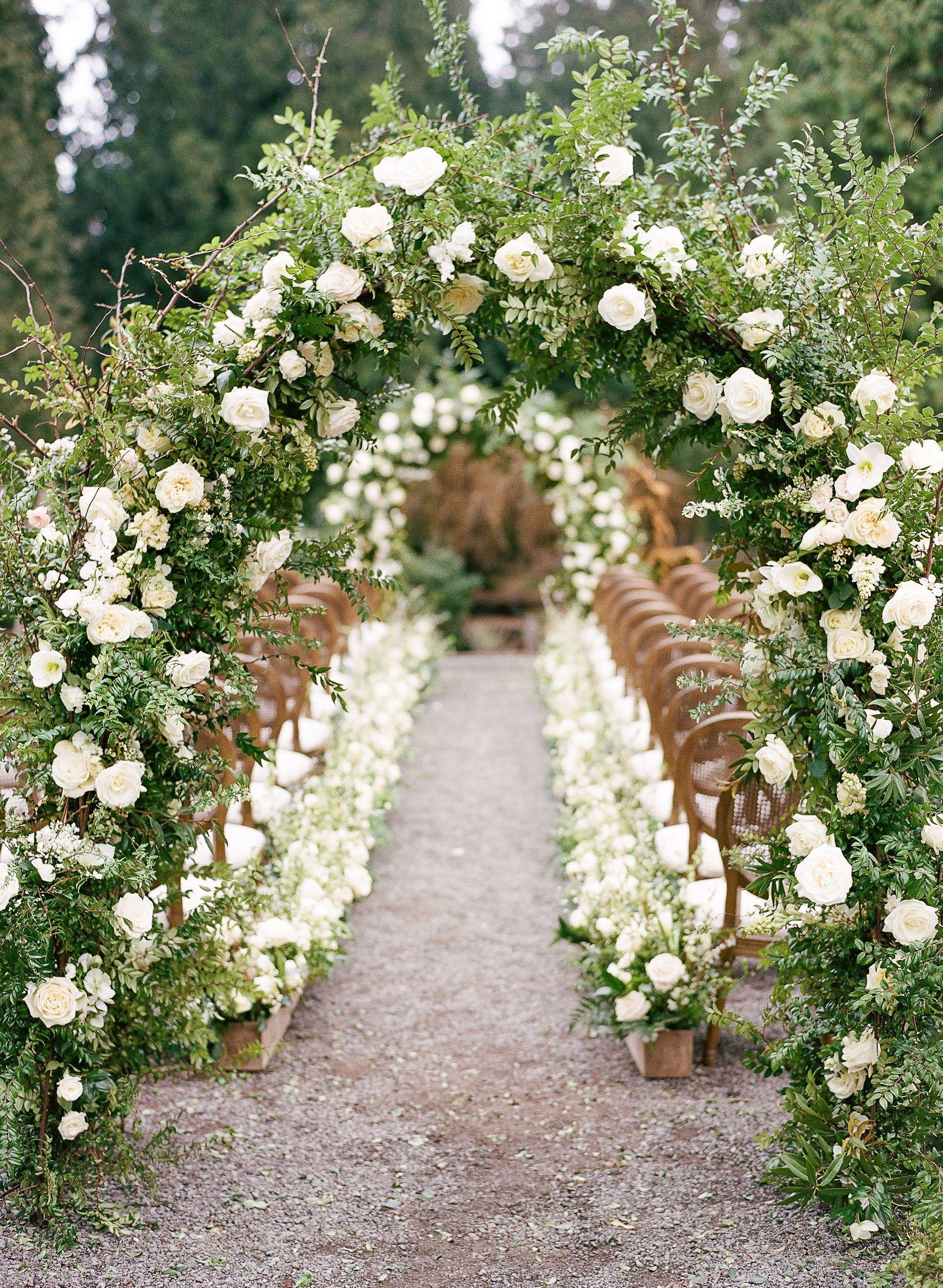 Chateau Lill Hochzeit Inspiration in Woodinville von Seattle Hochzeit Florist Gat …   – Elegant white and green wedding