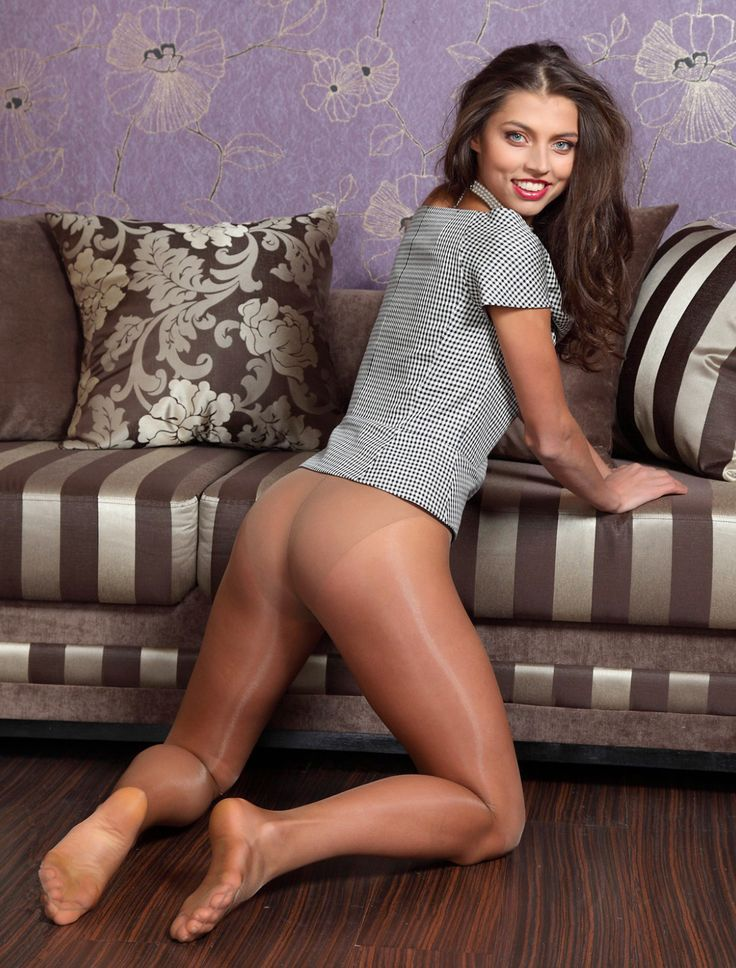 Most Beautiful Pantyhose Leg Fashion From Amateur Models X-art 1