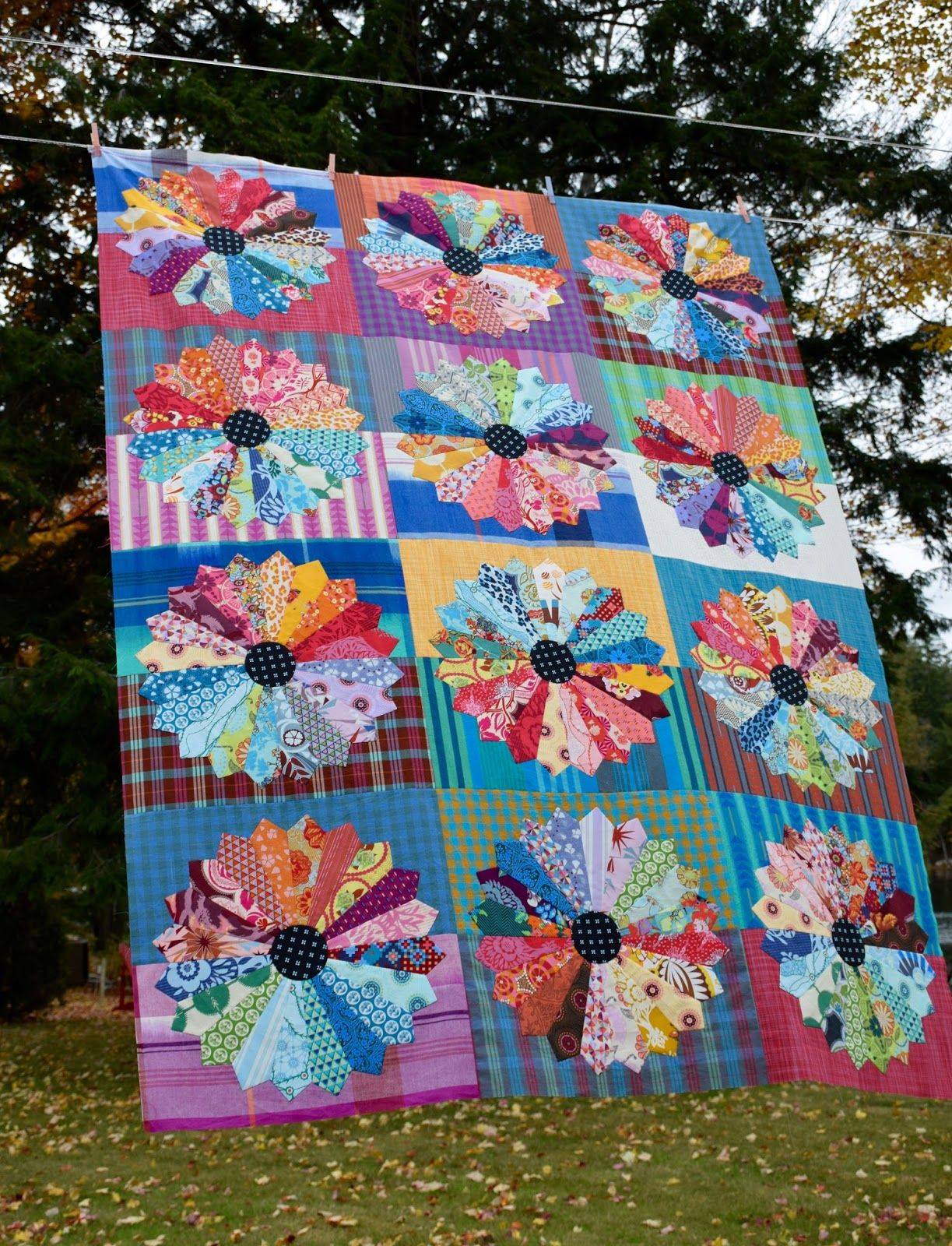 Pin by Melinda Fulkerson on Dresden Quilts Dresden plate