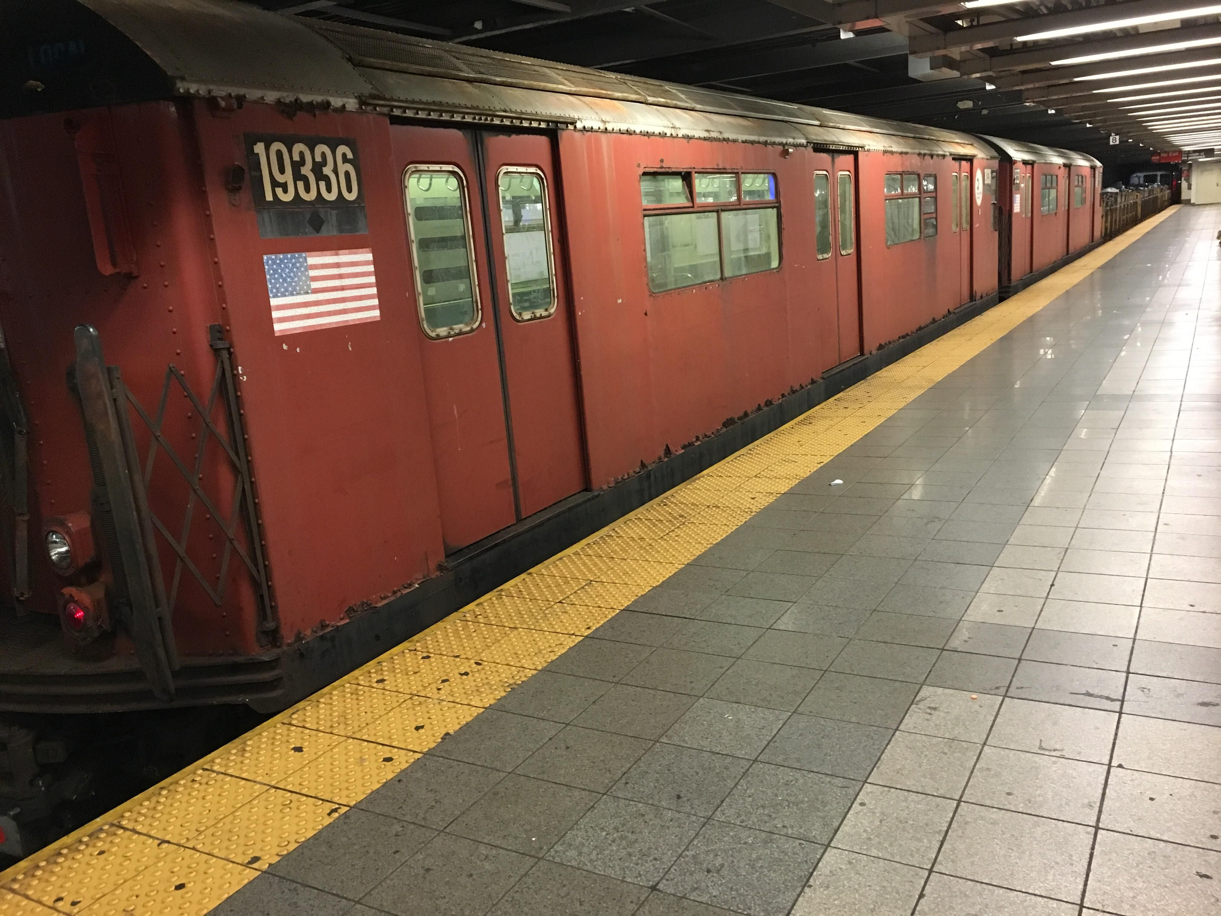 Mta Nyc Subway Car Hese Cars Were Painted A Deep Red To Combat Graffiti Which Had Become A Major Problem In The Late 1970s And E Nyc Subway Nyc Subway Train