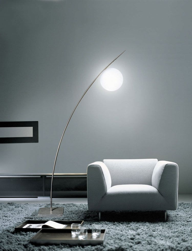 50 lampade da terra moderne con design originale luci for Sedia design originale