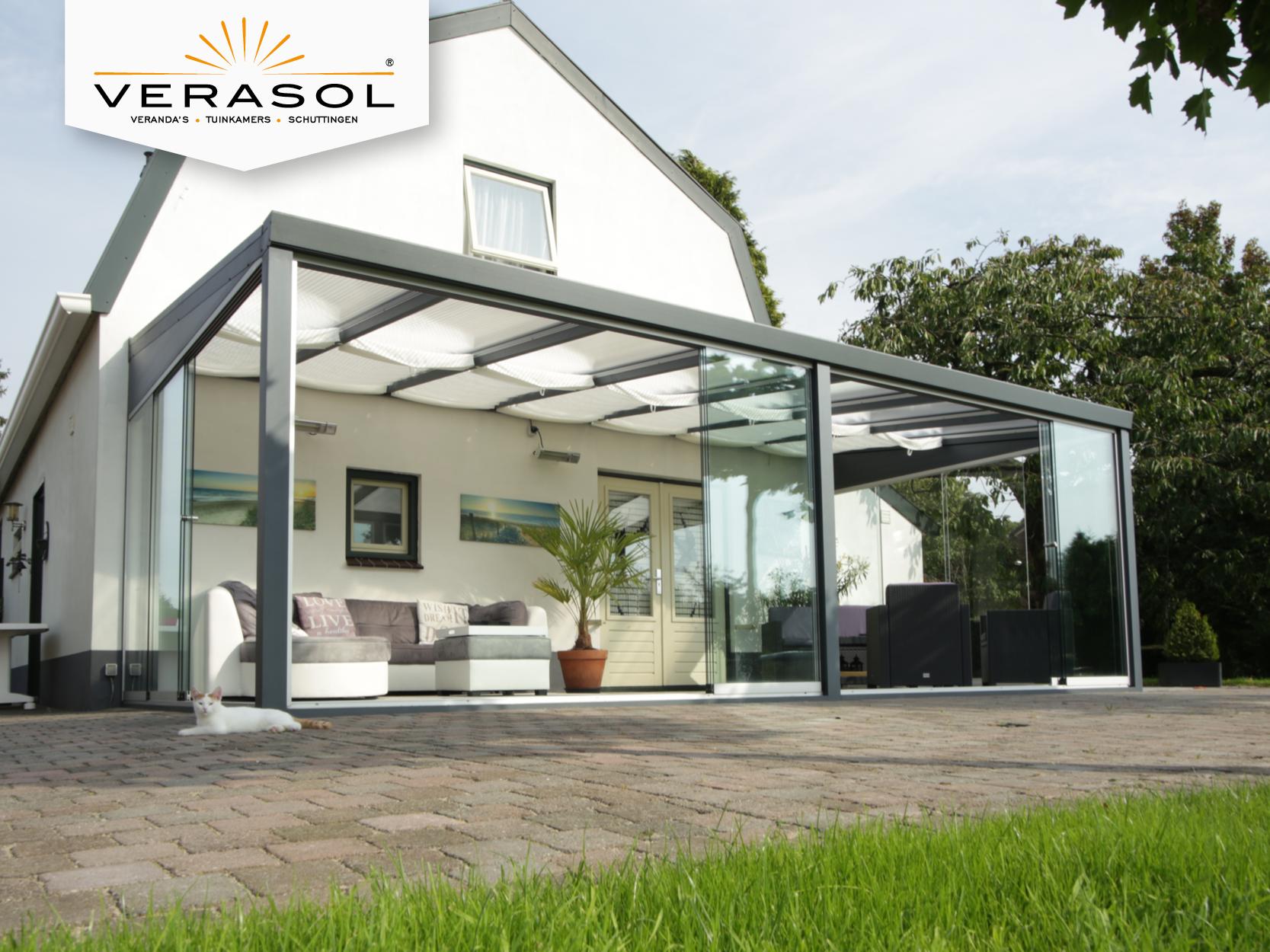 Een moderne glastuinkamer past ook perfect bij een landelijk huis ...