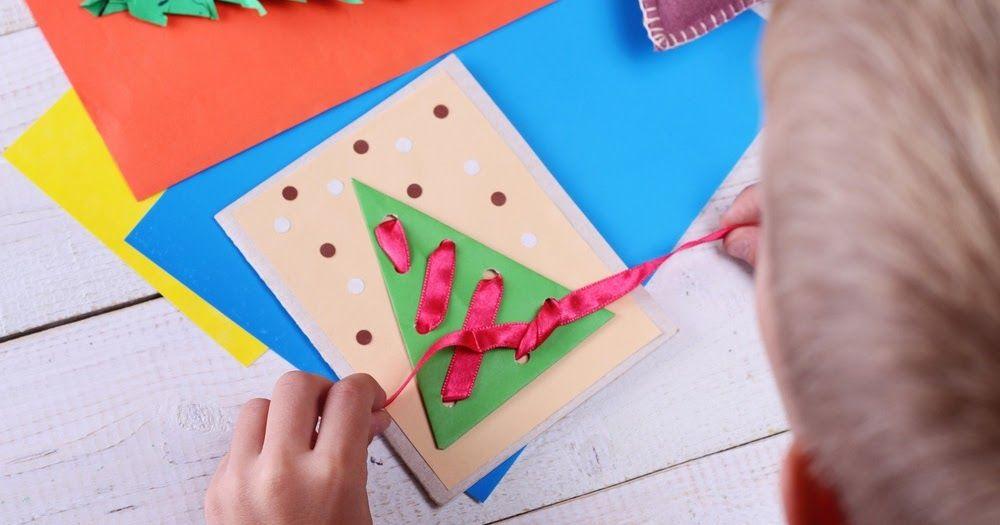 صور مطويات 2021 اشكال مطويات بالورق الملون Christmas Cards Handmade Kids Christmas Cards Kids Simple Christmas Cards