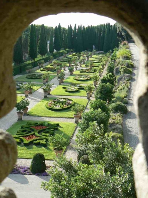 best travel sites for italy italytrip Gardens of the