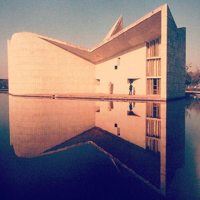 Le Corbusier Gandhi Bhavan Auditorium Handigarh India 1952 1959