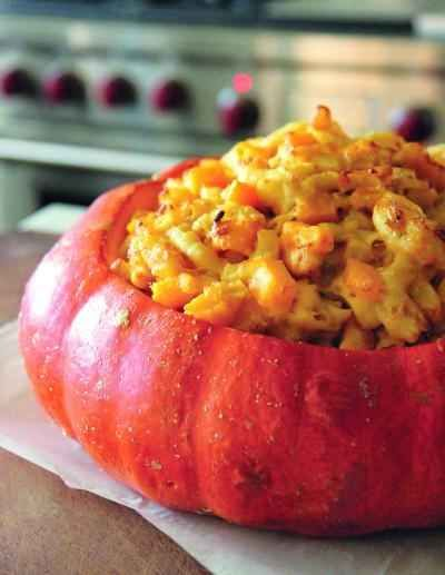 Macaroni and Cheese with Pumpkin and Bacon | 23 Savory Pumpkin Recipes To Break Your PSL Addiction