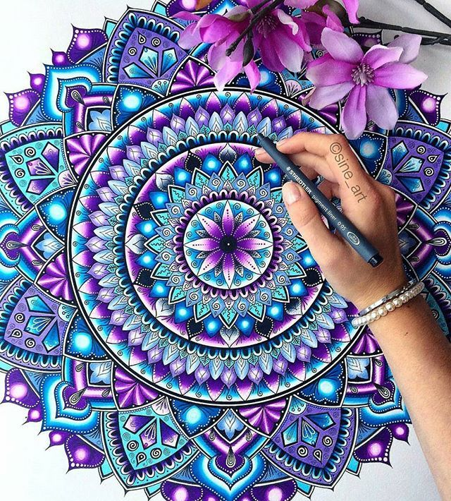 Lovely Colors Sine Art Remember To Follow Us And Artofdrawingg For A Chance To Get Your Art Featured Art Mandala Design Art Mandala Art Mandala Painting