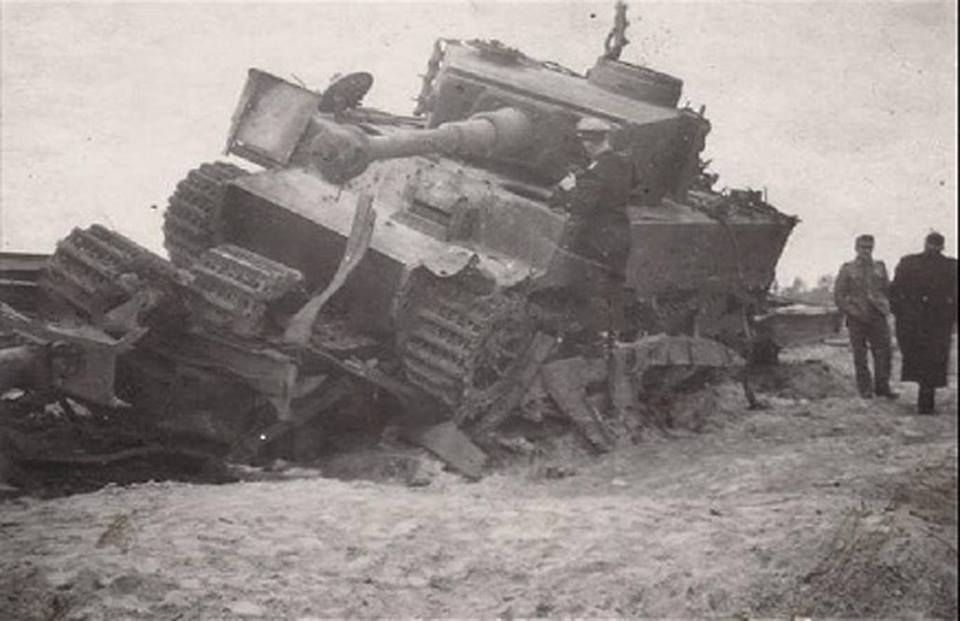 This Tiger 1 Ausf. E from Panzer Regiment