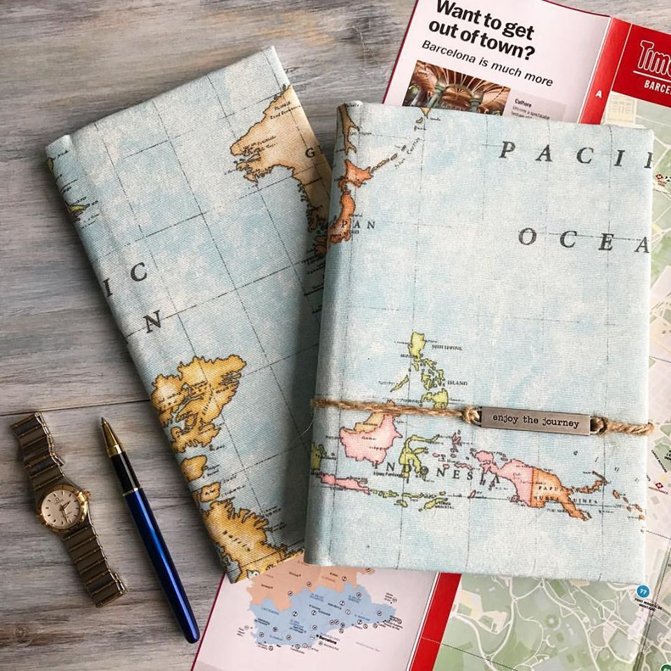Travel set travelers notebook and travel wallet with the vegan travel set travelers notebook and travel wallet with the vegan leather cover world map gumiabroncs Images