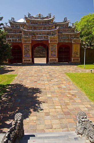 Gates Of The Forbidden Purple City Purple City Around The World In 80 Days Forbidden City