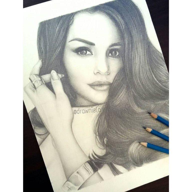 Repost from @drawniela ・・・ Selena Gomez ☺ #dibujo #drawing ...