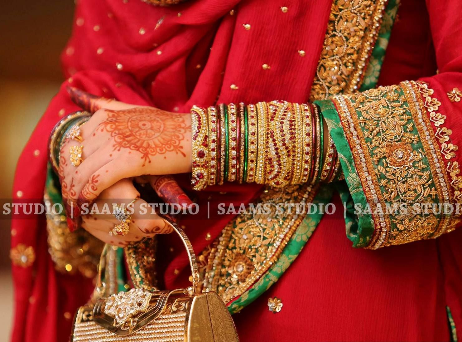 Pin by Shining Pearl on ♥ BanglesColorful,Bride\'s Hands & Payals ...