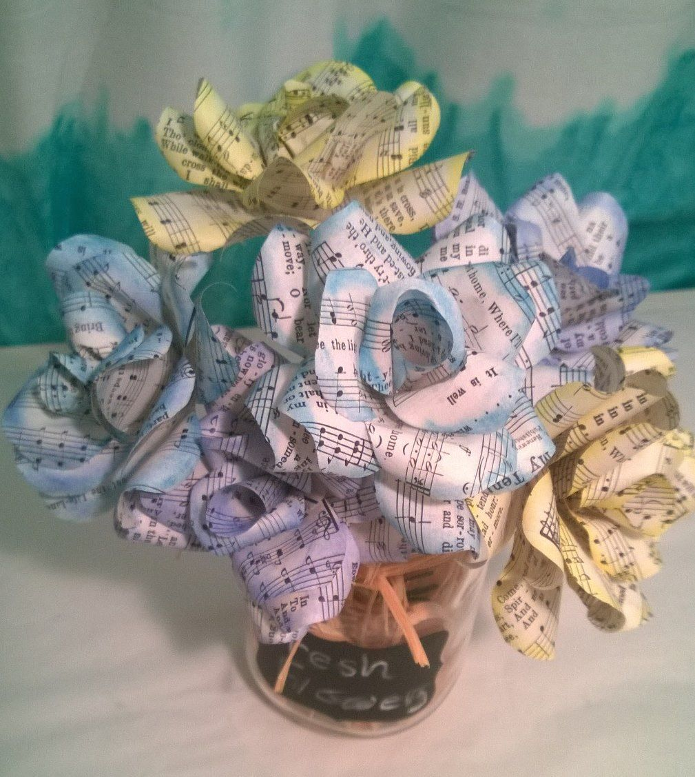 Music Note Flowers From A Recycled Hymnal Music Pinterest