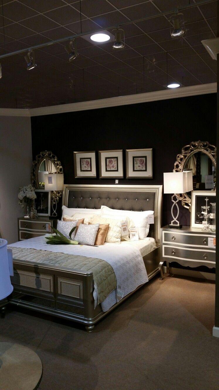 Bling Game Metallic Platinum Panel Bedroom Set | Home | Pinterest ...