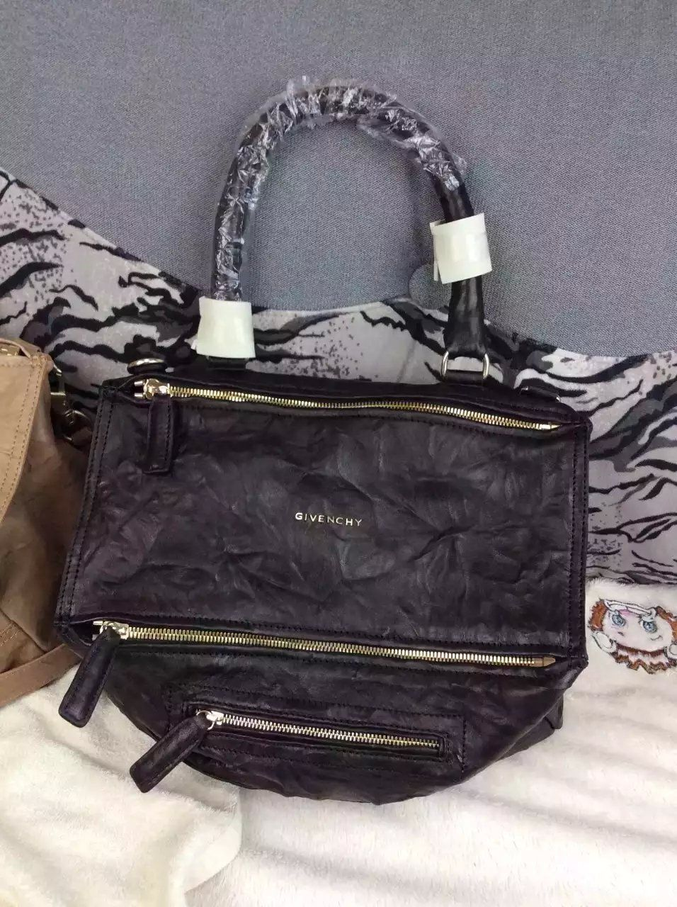 15c2fddca94 S S 2016 Givenchy Collection Outlet-Givenchy  PANDORA  Large Black Pepe  Sheepskin Leather Bag Sale Online